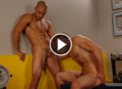 austin wilde getting their swell on
